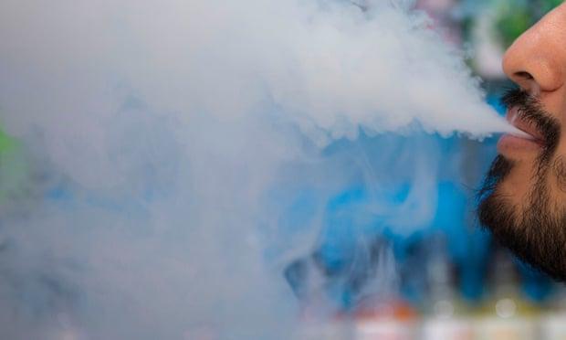 Vaping_Smoke